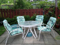 Patio set: 4 chairs + table
