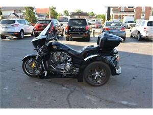 2012 VICTORY CROSS COUNTRY TOURING MOTOR TRIKE