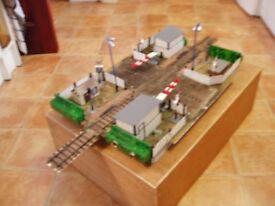 Railway crossing - O gauge - Peco track - diorama
