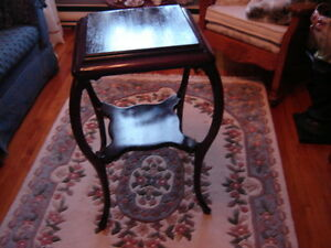 SUPERBE TABLE VICTORIENNE RARE
