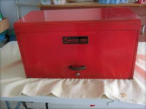 Snap-on tool chest,    1952 vintage