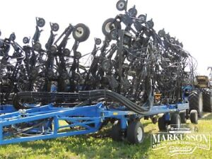 """2014 New Holland P2070 Precision Hoe Air Drill 70', 12"""" Spacing"""
