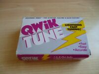 guitar tuner in fantastic form. own box with instructions.