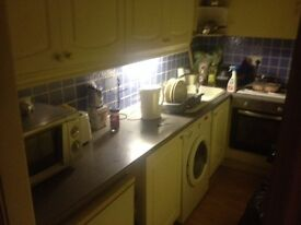 Room to rent per day in nice house £35