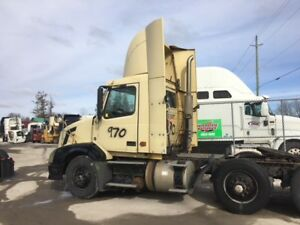 PARTING OUT - 2007 VOLVO VNL