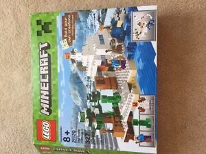 """Lego Minecraft """"The Snow Hideout"""" -assembled once ~100% complete"""