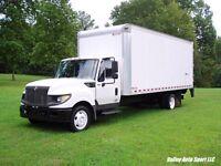 International TerraStar 20' Box Truck - 19,500lb GVW - Lift Gate - Allison Auto!