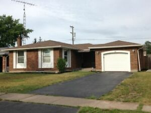 COLONIAL ST. Student House, Niagara College Welland – Avail. May