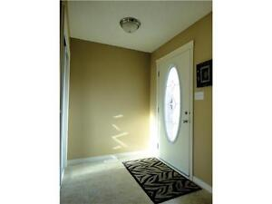 Immaculate 3-bedroom, 2-story; park/trail/lake steps away! Strathcona County Edmonton Area image 2