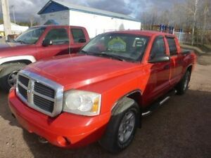 Dodge Dakota SLT 4X4 - IMPECCABLE !! À voir !!