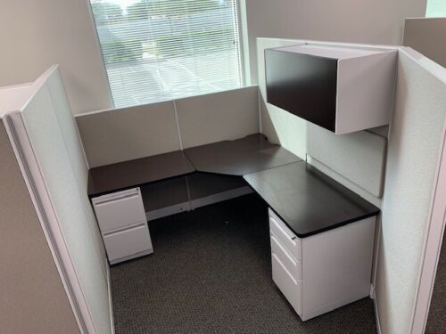Haworth UNIGROUP AND  PLACES workstations and Refurbished