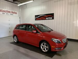 2014 Mercedes-Benz B-Class B250 LEATHER/PANO ROOF/BACKUP CAMERA
