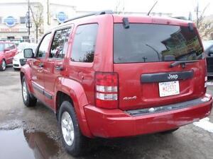 2010 JEEP LIBERTY SPORT 4WD AUTO START 136K-100% APPROVE FINANCE Edmonton Edmonton Area image 4