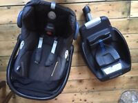 Maxi Cosi Cabriofix Infant Car Seat with the EasyFix Isofix Base