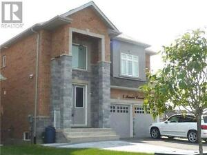 4 Mancini Cres Richmond Hill Ontario Beautiful House for sale!
