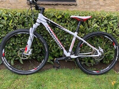 Cannondale Trail SL 1 mountain bike hardtail good condition! Size small adults