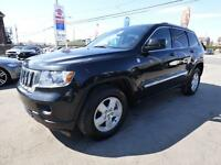2011 JEEP GRAND CHEROKEE LAREDO (4WD, 119,000 KM, MAGS, FULL!!!)
