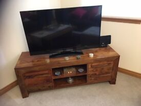 Hard Wood TV Unit