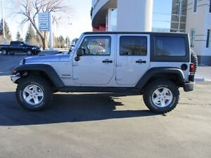 2014 Jeep Wrangler Unlimited Sport (AGGRESSIVE TIRES, WINCH)