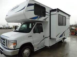 24 foot Class C Motorhome with Slideout and Luxury Package! Kitchener / Waterloo Kitchener Area image 2