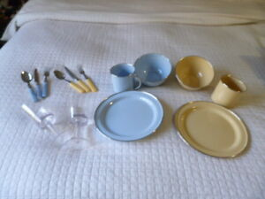 Picnic and Camping Dinner Ware for 2!  Enamel Wear!