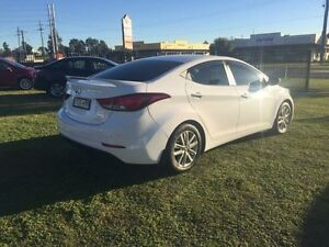 2014 Hyundai Elantra MD3 Trophy White Sports Automatic Sedan Hillvue Tamworth City Preview