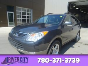 2012 Hyundai Veracruz AWD GLS Rear DVD,  Leather,  Heated Seats,