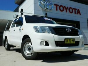 2014 Toyota Hilux TGN16R MY14 Workmate White 4 Speed Automatic Dual Cab Pick-up