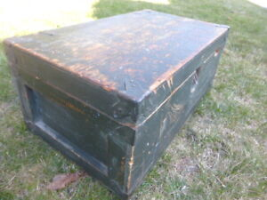 ANTIQUE WOODEN STORAGE BOX TOOL CHEST