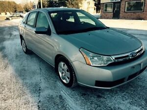 E-tested and safety certifie 2008 Ford Focus SE ONLY 92k km Kitchener / Waterloo Kitchener Area image 3