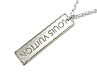 Auth LOUIS VUITTON 18K White Gold Monogram Necklace
