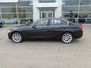2017 BMW 330xi i xDrive, Nav, Sunroof, Heated Leather Seats