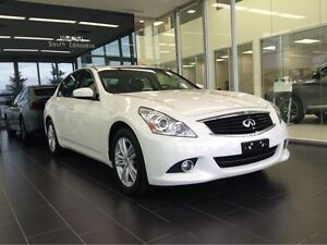 2013 Infiniti G37x AWD/LEATHER HEATED SEATS/BACKUP CAM/SUNROOF/A