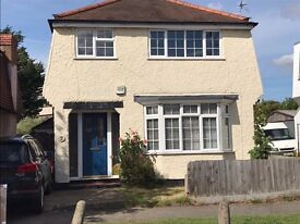 Three bedroom, detached house in Hersham Village, within walking distance to train station