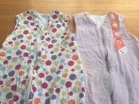 2 x Grobag baby sleeping bag set (2.5 tog for spring, 1 tog for summer)