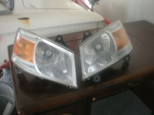 Two Head Lights For Dodge Caravan