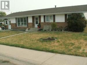 LD0114583 - 374 9th St. West, Cardston Alberta