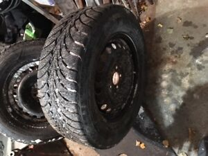 Goodyear Ultra Grip Ice 235 60R16