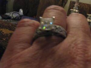 Stunning 2 ct Platinum Engagement ring and wedding band