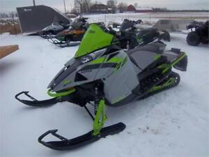 2018 ARCTIC CAT ZR 8000 SNO PRO ES 137 DEMO PRICED!