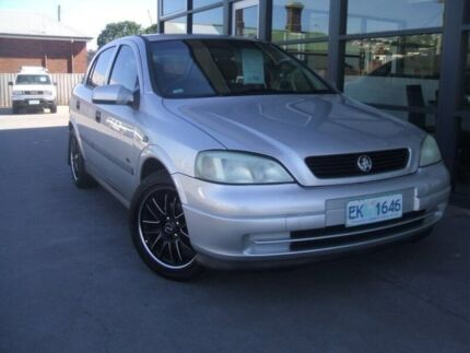 2001 Holden Astra TS City Silver 5 Speed Manual Hatchback