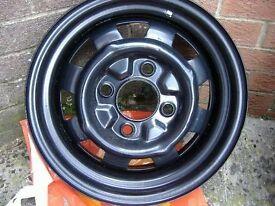 "Classic VW Beetle Aircooled Mangel 5.5"" broad steel wheels 15"" powdercoated"