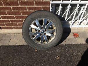 5 pneus  4 saisons 215/65R16  avec rim et mag