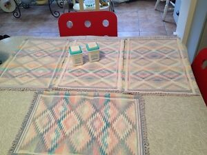 Home Decor:4 Vintage Woven Kitchen Placemats. Never Used. Mint!!