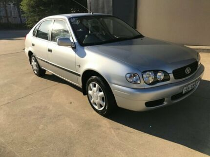 2001 Toyota Corolla AE112R Ascent Liftback 5dr Man 5sp, 1.8i Silver, Chrome Manual Liftback