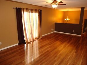 4 Bed 4 Bath Townhouse in a Great Area Prince George British Columbia image 4