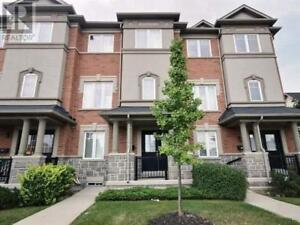 3+1Beds,4Baths,2600 GLENGARRY RD, Mississauga
