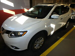 2015 Nissan Rogue SV AWD WITH PANORAMIC SUNROOF SUV, Crossover