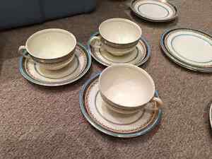 *NEW LOW PRICE* MYOTTS ROYAL CROWN Antique China For Sale! Oakville / Halton Region Toronto (GTA) image 4