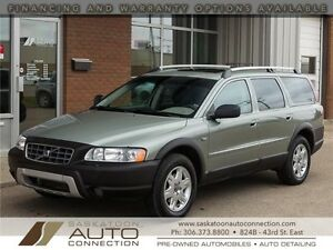 2006 Volvo XC70 AWD ***Moonroof & Leather***
